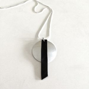 minimalist necklace OONY