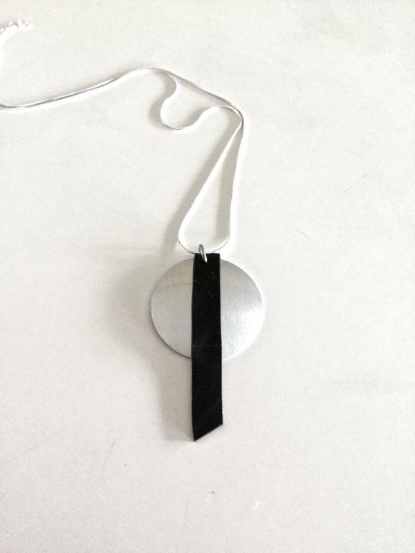 minimalist necklace OONY