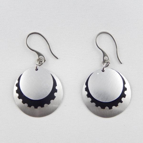 ultra light konio earrings